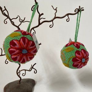 Pair Handcrafted Yarn Balls From Peru NWT